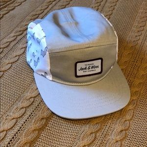 Jack and winn toddler hat 4t/5t